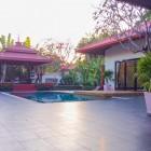 บ้านบัวฟ้า พัทยา พูลวิลล่า