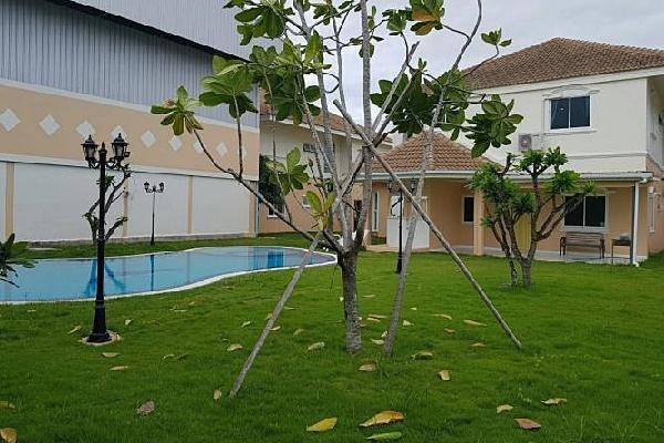 บ้านเวคอัพ พัทยา พูลวิลล่า